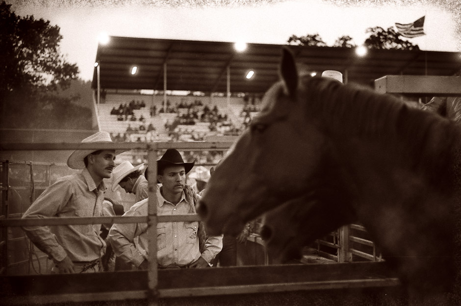 06-small_town_rodeo